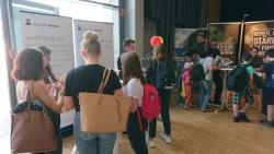 """Messestand der Westeifel Werke im Rahmen der Karrieremesse """"Job Initiative Eifel"""" gut besucht"""