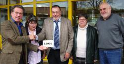Westeifel Werke Hermesdorf erhalten Spende aus Geburtstagssammlung