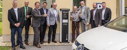 Euvea Freizeit- und Tagungshotel eröffnet erste öffentliche E-Tankstelle in Neuerburg